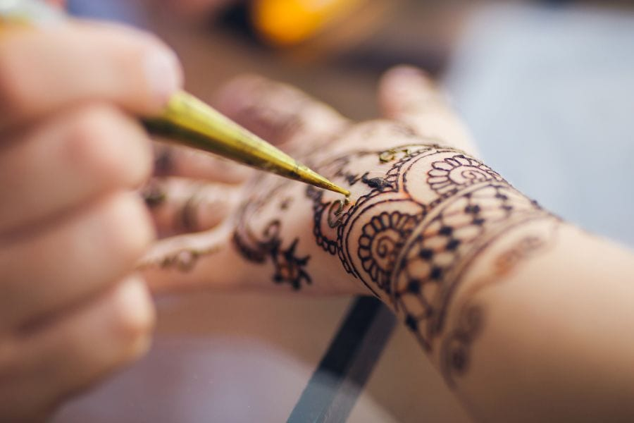 How to Get Henna Out of Clothes (Simple Tips to Try at Home)
